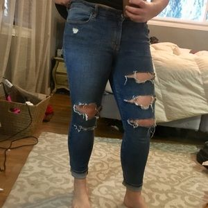 Old Navy ripped Rockstar jeans